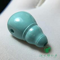 精品一体三通 原矿绿松石高瓷精工 盘玩玉化 尺寸11.8×11.1×20.5mm 重3.2克